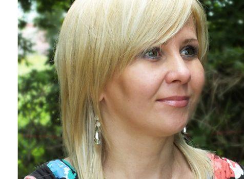 Peruki blond – trendy